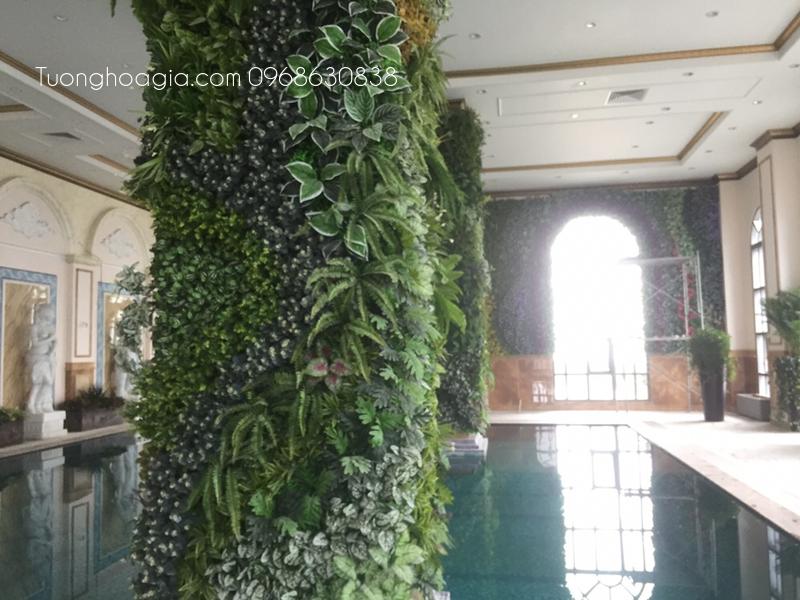 Tường cây giả hồ bơi